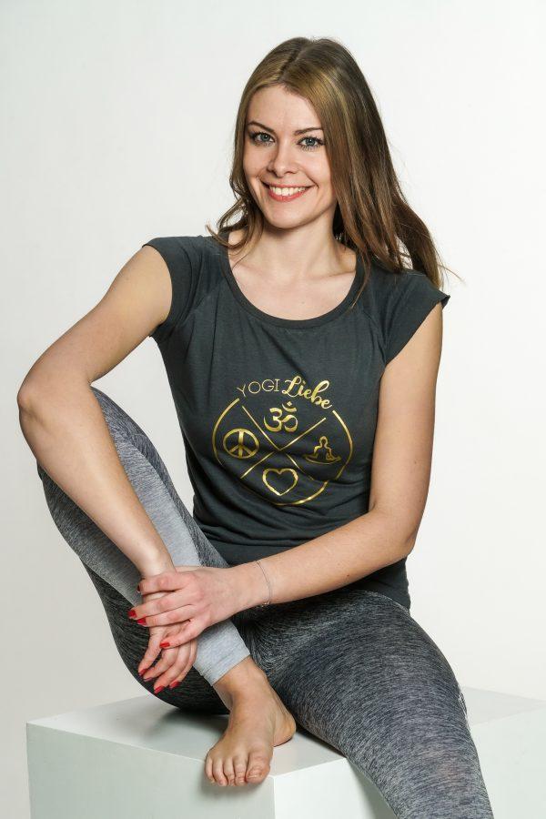 Yoga-shirt-kurzarm-grau-gold-nachhaltig-fair-yogiliebe